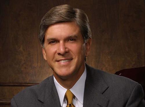 https://www.cnay.org/wp-content/uploads/2018/08/Senator-Gordon-Smith.jpg